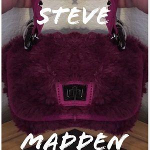 STEVE MADDEN BAMELIE MAGENTA FAUX FUR BAG NWT
